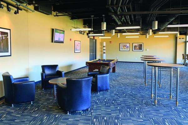 North-Club-Lounge-at-Heinz-Field-16