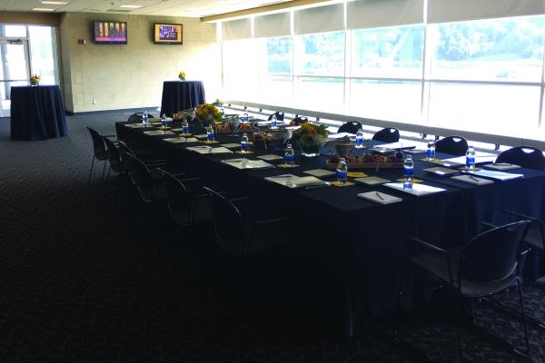 Press-Box-Dining-Room-at-Heinz-Field-6