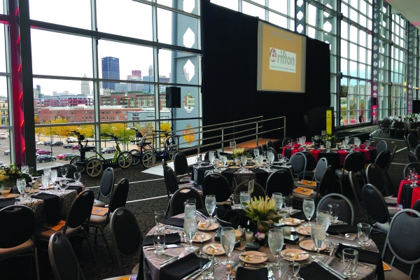 UPMC-Club-at-Heinz-Field-30