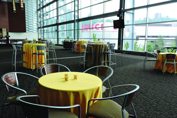 West-Club-at-Heinz-Field-23