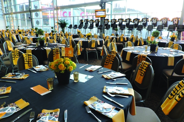 West-Club-at-Heinz-Field-7