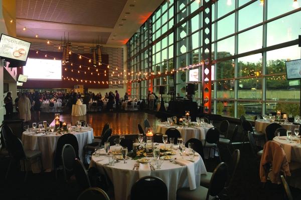 Plan-Your-Wedding-at-Heinz-Field-11