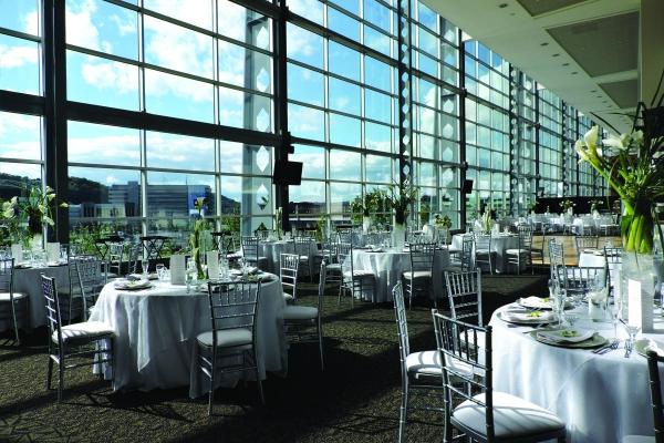 Plan-Your-Wedding-at-Heinz-Field-13