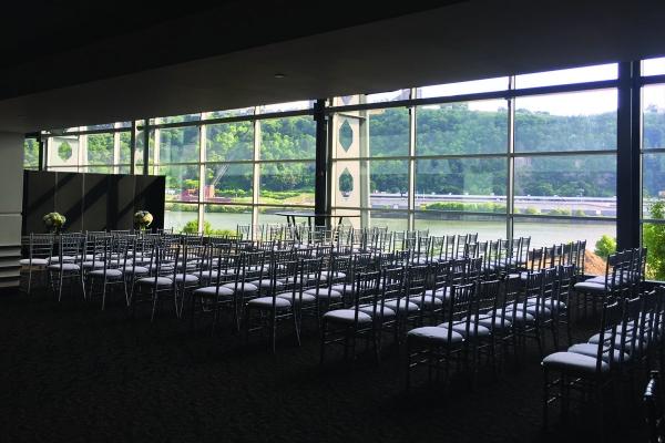 Plan-Your-Wedding-at-Heinz-Field-14