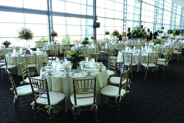 Plan-Your-Wedding-at-Heinz-Field-8